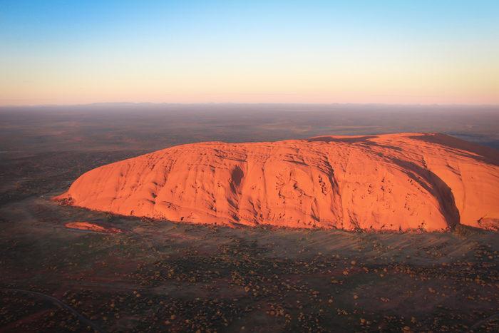 uluru-sunrise-heliflug-3-northern-territory