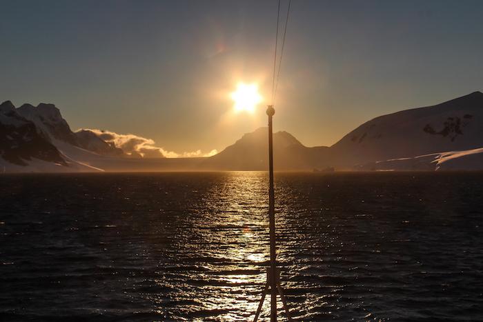 Sonnenuntergang Antarktis MS Modnatsol