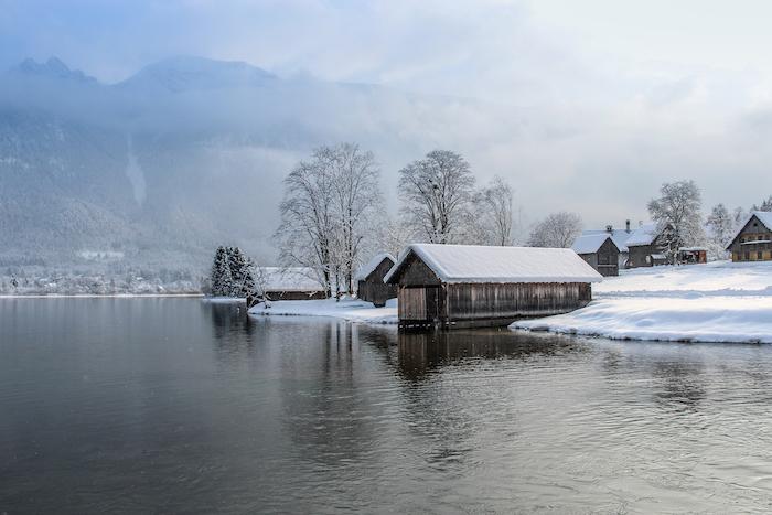 Salzkammergut Am Hallstaetter See